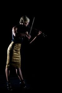 Shaina Evoniuk, violin